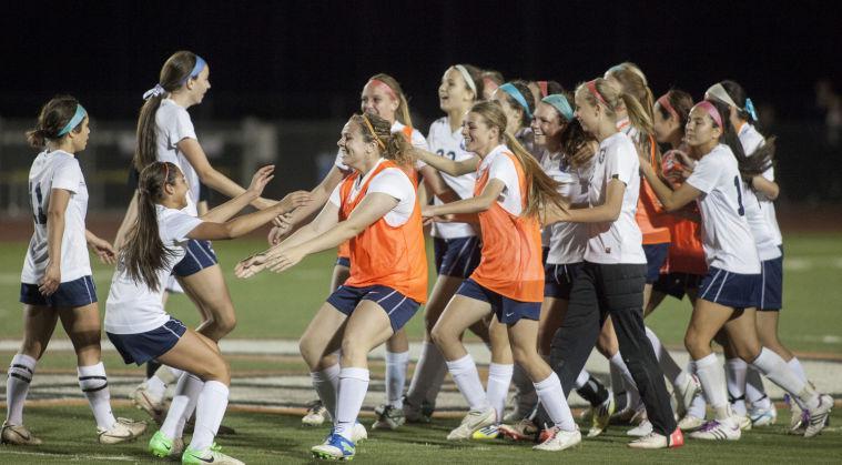 Soccer: DV vs Highland