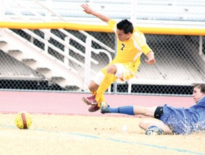Ardon's SAT juggling act helps put Pride on top