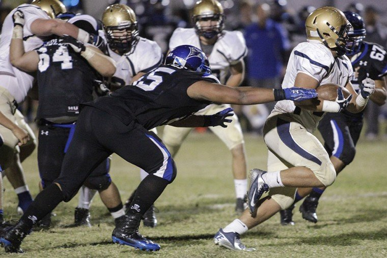 Football: Chandler vs DV
