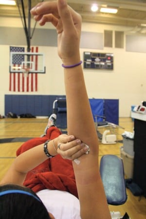DV students donate blood