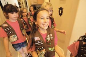 afn.100810.news.girlscouts5.jpg