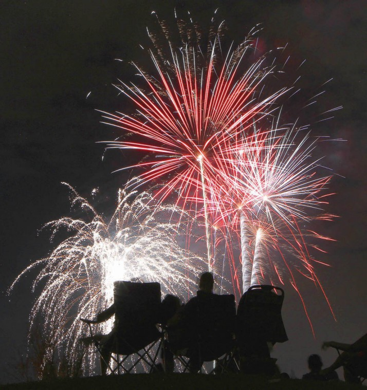 afn.fireworks.dw.07032012001.JPG