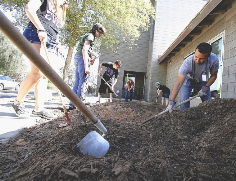 Desert Garden Montessori celebrates Earth Day