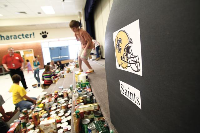 Colina students make accurate Super Bowl pick for a good cause