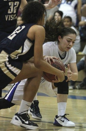 dv.chs.girls.hoops.002.dw.01202012.jpg