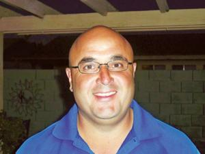 Gil Benavidez