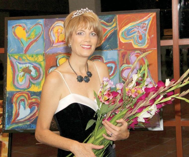 Kelly Athena named Queen Diva of the Year