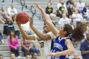 Basketball: Desert Vista vs Mesquite