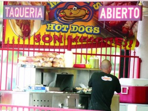 Mickey's Hot Dog 
