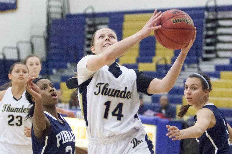 Basketball: DV vs Pinnacle