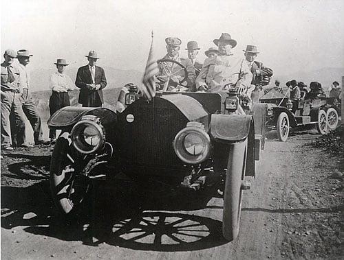 Roosevelt arrives for dam dedication