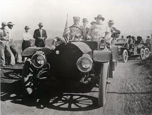 Roosevelt arrives for dam dedication