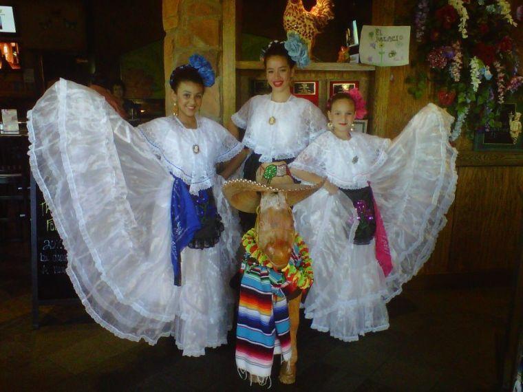 Cinco de Mayo at El Palacio