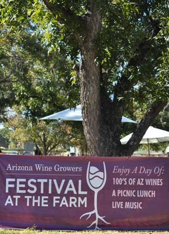 afn.102910.arts.winegetaway.jpg