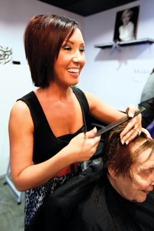 Local 19-year-old opens Ahwatukee hair salon