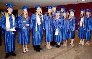 13 Valley teens earn associate degree before high school graduat
