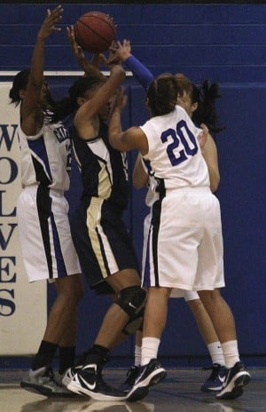 dv.chs.girls.hoops.003.dw.01202012.jpg