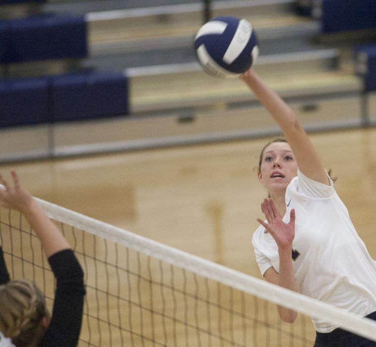 Volleyball: DV vs Mountain Ridge