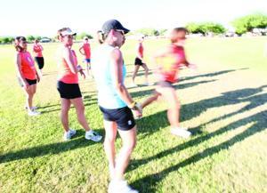 afn.063010.com.marathonfeat8.jpg