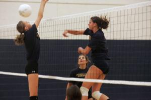 Desert Vista volleyball