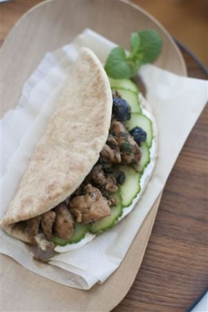 Food Minted Chicken Wraps