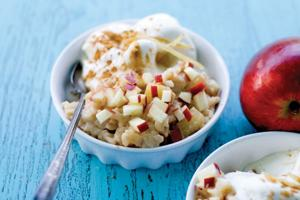 Caramelized apple ginger rice pudding