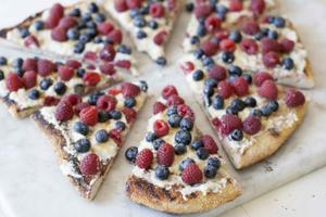 Food American Table Grilled Fruit Pizza