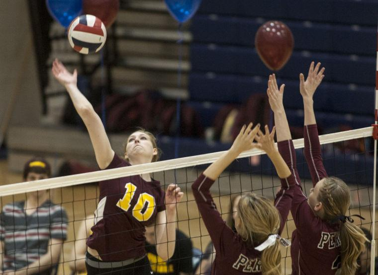 Volleyball: MP vs Perry