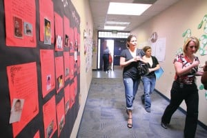 Small group school tours for KSD parents ease new school anxiety