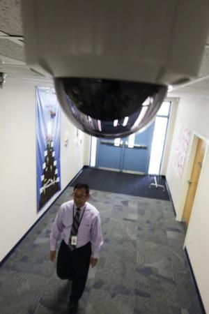 afn.081310.com.camera2.jpg