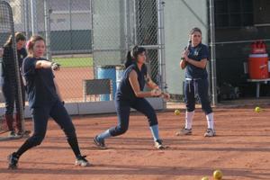 afn.030211.sp.softball.com.jpg