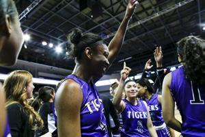 sc.Desert-Vista-Millennium-Girls-Basketball-21.nc.022715.jpg