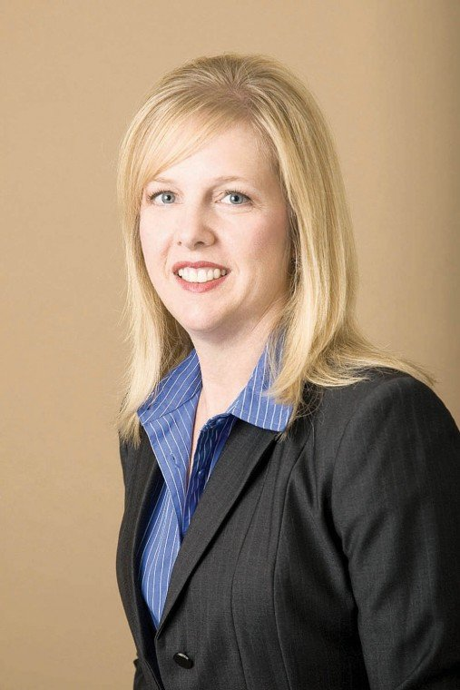 Anne Gill named Ahwatukee chamber president