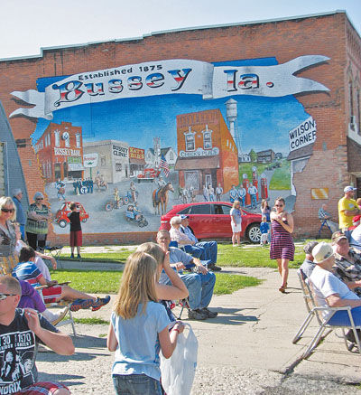 Spaur mural a thank you to the people of bussey albia for Thank you mural