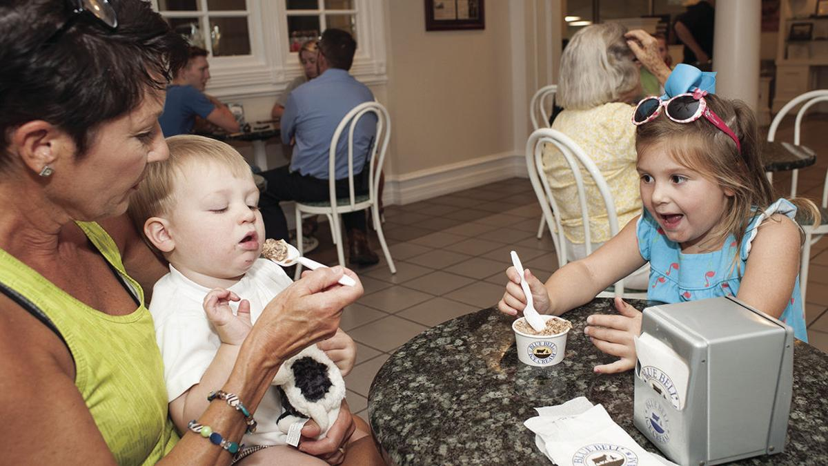 Sylacauga residents enjoy Blue Bell Ice Cream, farmers market