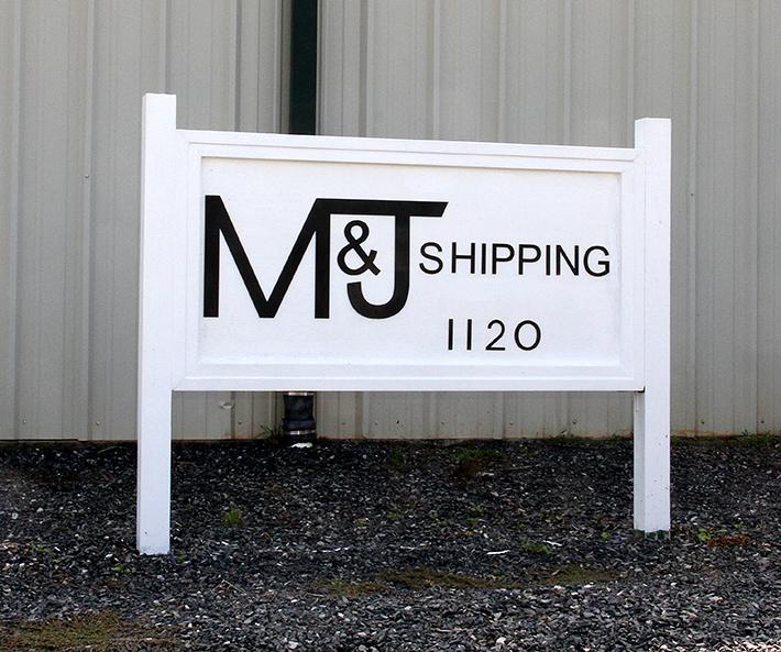 M&J Ribbon Cutting 10