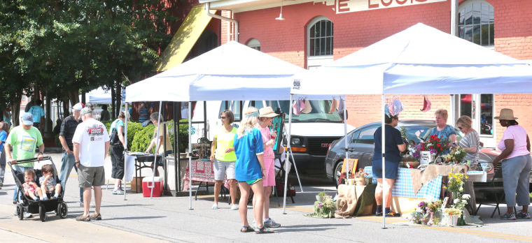 Anniston Farmer's Market 8:16