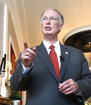 <p>Alabama Governor Robert Bentley speaks at Classic On Noble during a visit to Anniston. (Stephen Gross/The Anniston Star)</p>