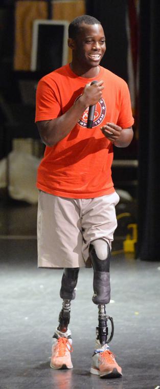 Paralympian Blake Leeper visits Anniston High School