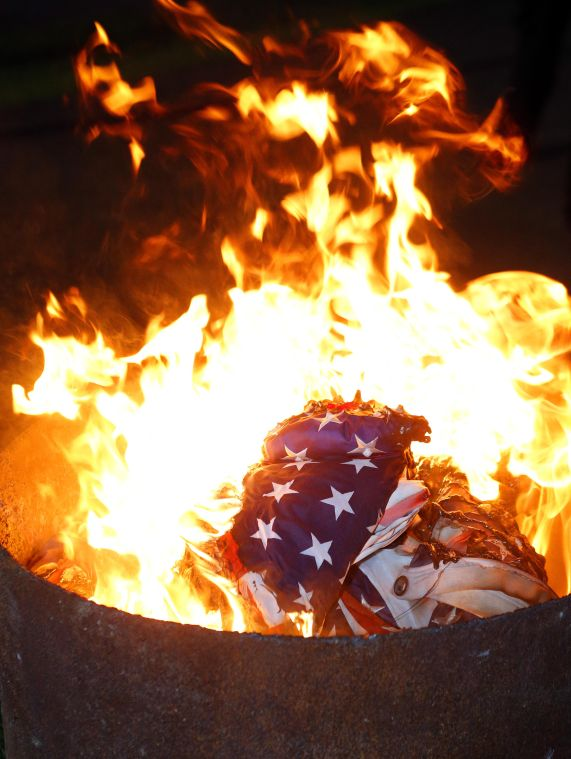 Flag Disposal Ceremony 8/8