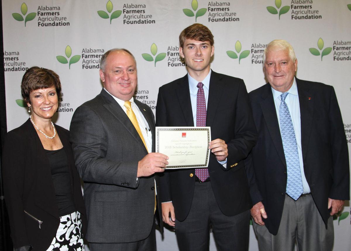CALHOUN COUNTY STUDENT RECEIVES $1,750 AGRICULTURE FOUNDATION SCHOLARSHIP