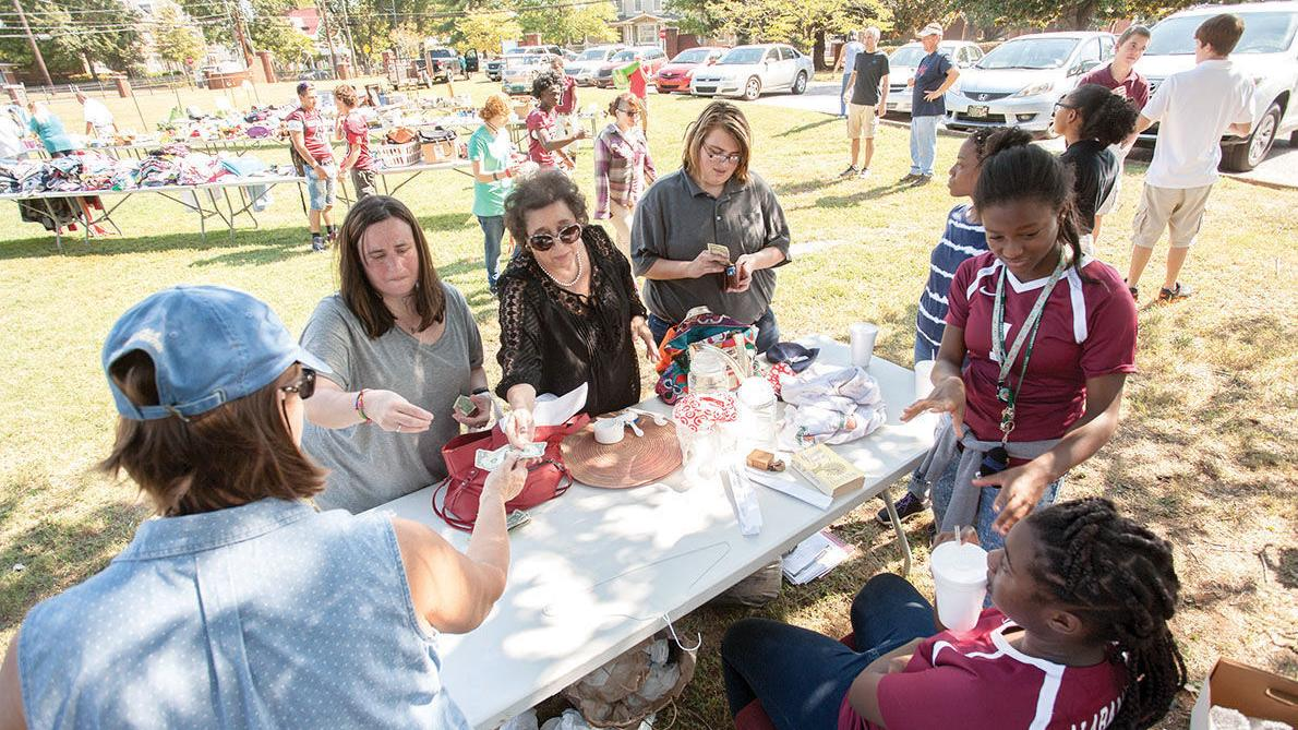 Alabama School for Deaf holds yard sale fundraiser (photos)