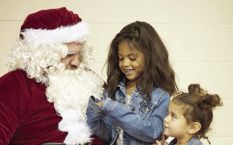 Drew Middle School FBLA hosts Breakfast with Santa fundraiser (photos)