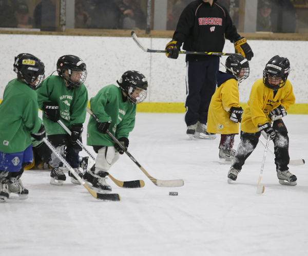 Don johnson motors supports youth hockey program youth for Don johnson hayward motors