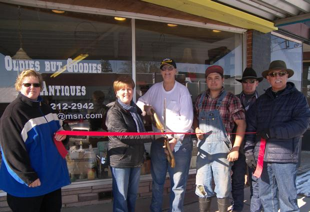 Ribbon cutting ceremony for Oldies But Goodies Antiques