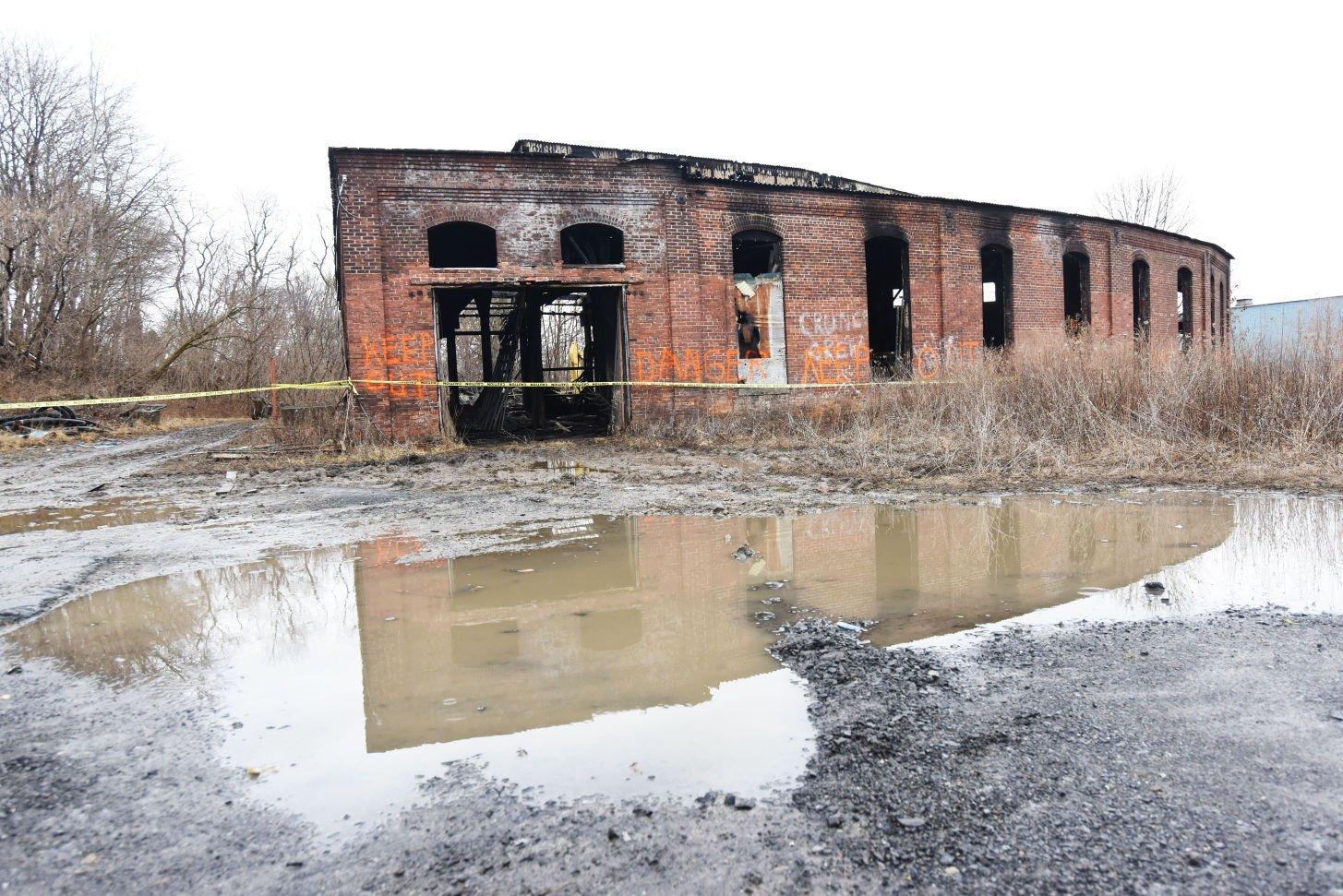 Railroad net view topic fire destroys auburn lv for Auburnpub