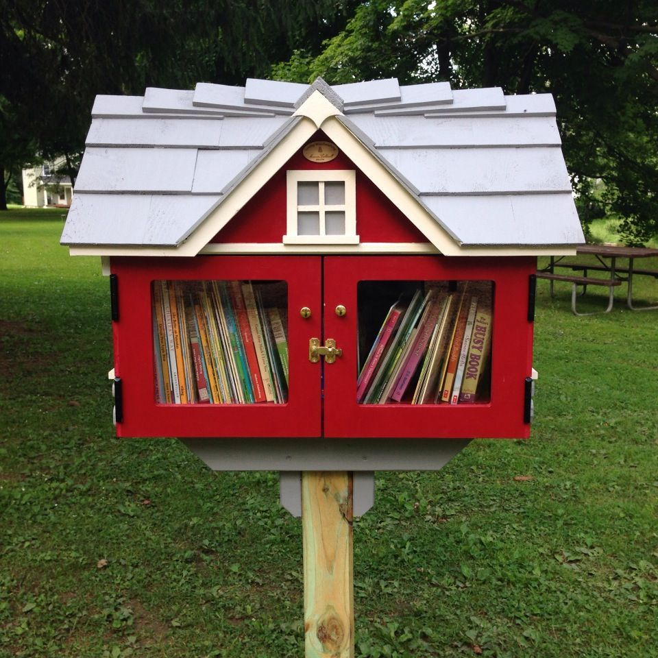 Little Libary Global Concept Marcellus Free Library