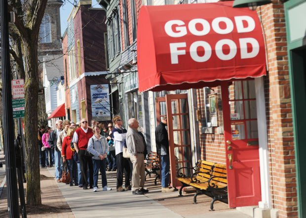 Hundreds of hungry patrons attend good friday fish fries for Doug s fish fry