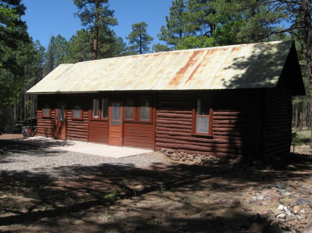 Historic cabins for rent for National forest service cabins