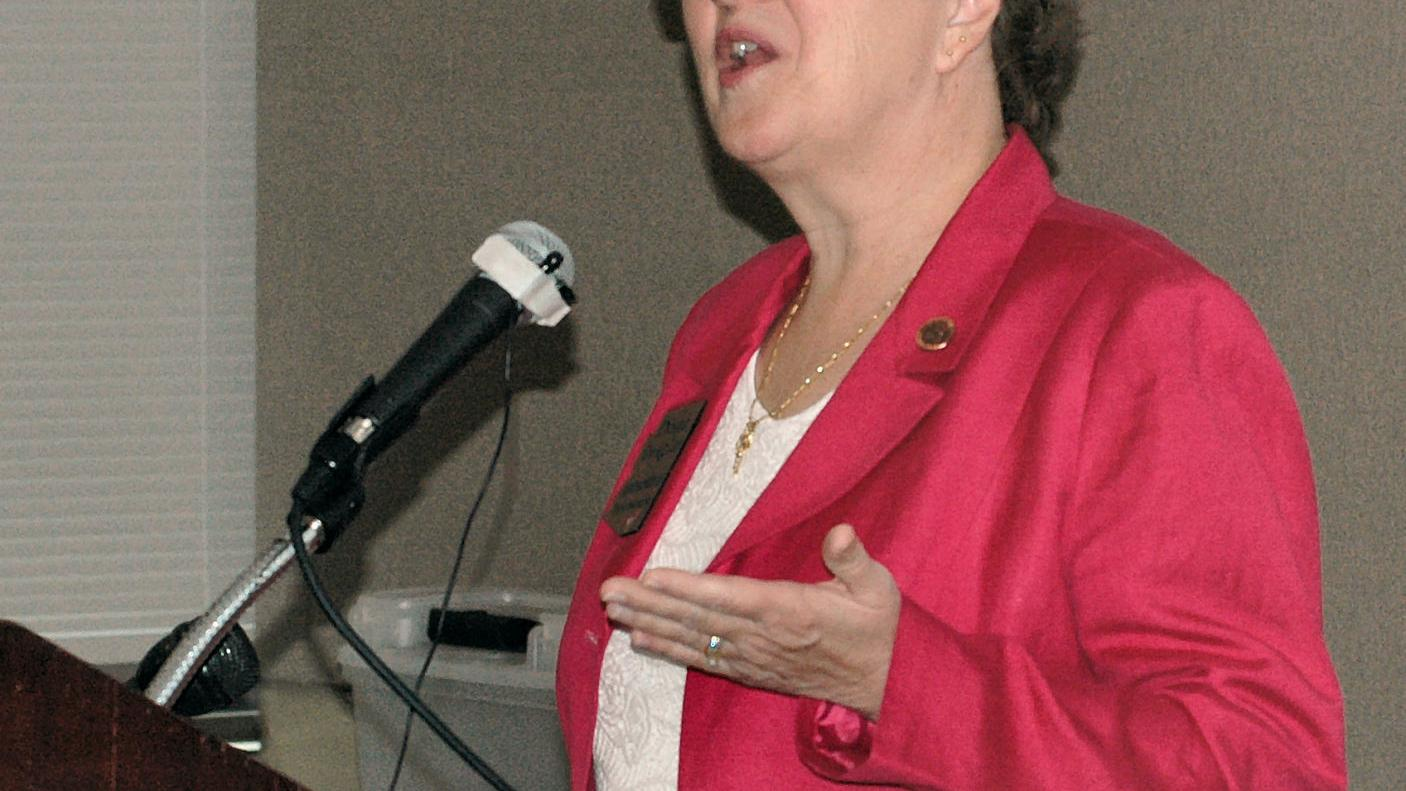 State schools chief backs sales tax hike for teacher pay
